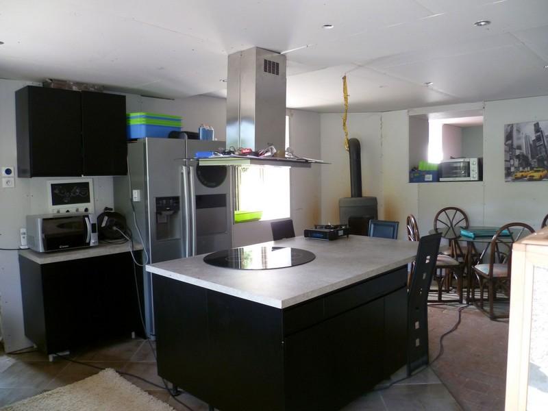 Acp transactions transaction maison ferme immeuble for Cuisine equipee ouverte sur salon